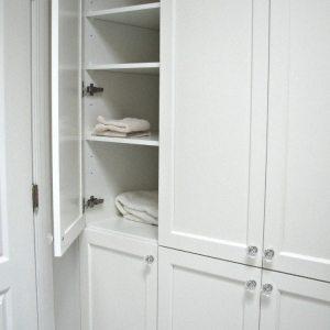 Bathroom Cabinets Storage