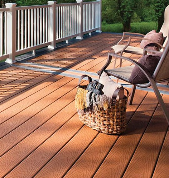 Comparing Your Common Deck Materials | Classic Home Improvements