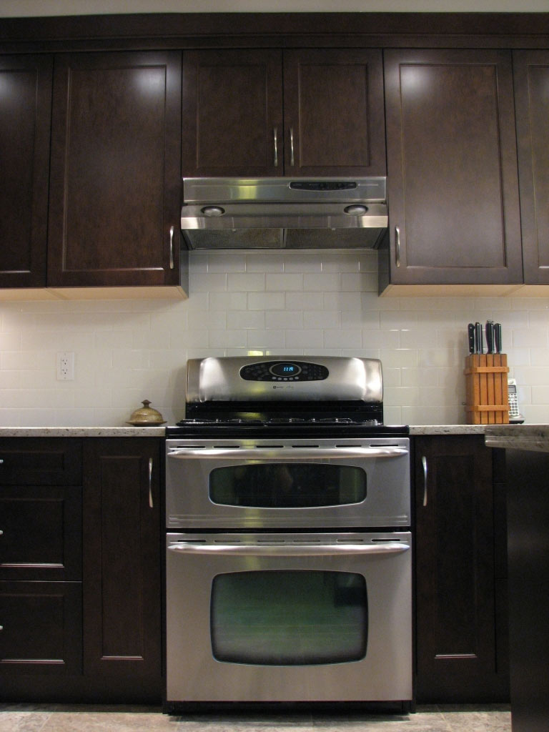 Home & Kitchen Cabinet Refacing in Victoria & Nanaimo, BC